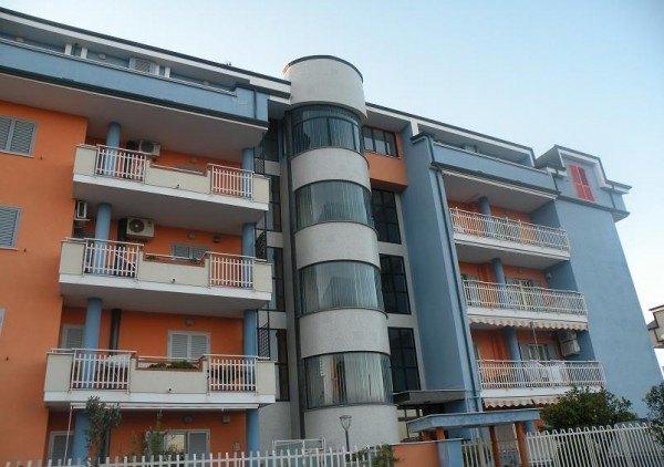 Ordine Appartamento in Affitto a Acerra - 2 locali