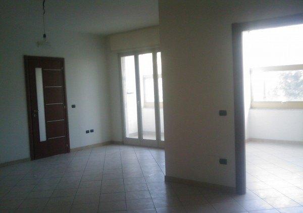 Ordine Ufficio in Affitto a Napoli - 120 m²