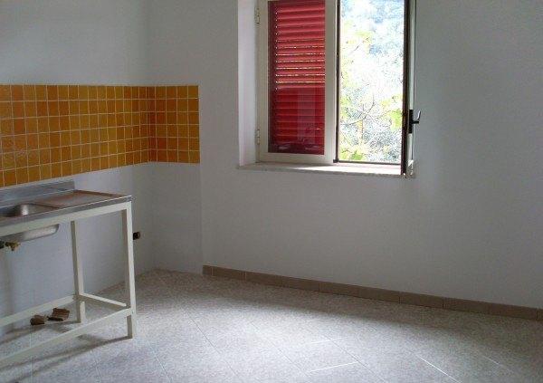 Ordine Appartamento in Affitto a Vico Equense - 3 locali