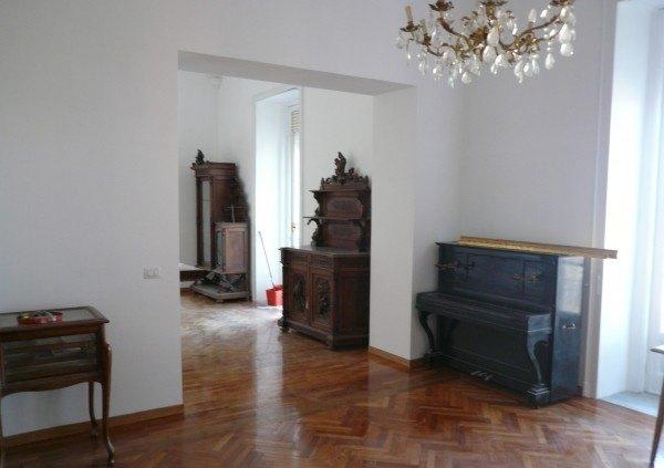 Ordine Appartamento in Affitto a Napoli - 3 locali
