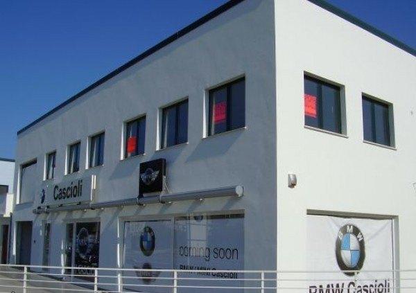 Ordine Ufficio in Affitto a Porto San Giorgio - 420 m²