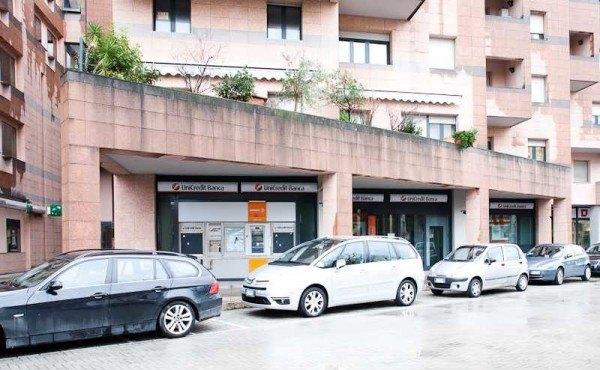 Ordine Negozio in Affitto a Pesaro - 400 m²