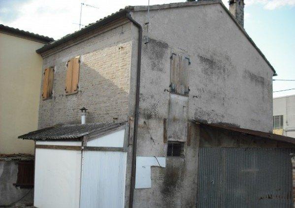 Ordine Casa indipendente in Affitto a Cartoceto - 80 m²