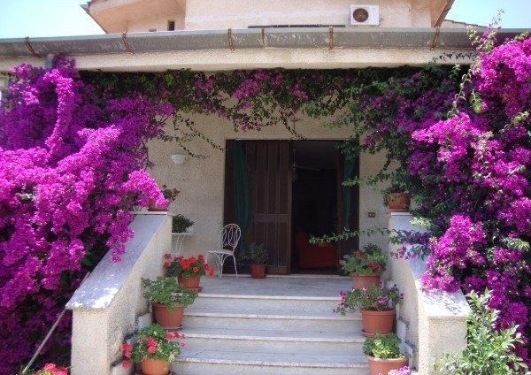 Ordine Villa / Villetta in Affitto a Itri