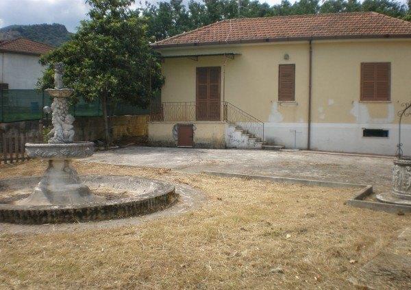 Ordine Villa in Affitto a Patrica - 100 m²