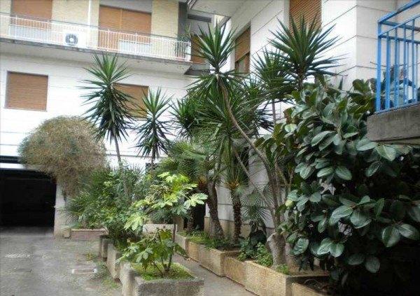 Ordine Appartamento in Affitto a Latina - più di 5 locali