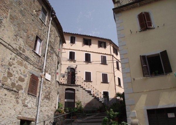 Ordine Appartamento in Affitto a Bolsena - 5 locali