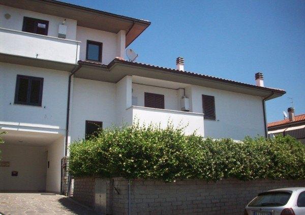 Ordine Appartamento in Affitto a Viterbo - 4 locali