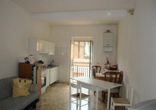 Ordine Appartamento in Affitto a Carbognano - 60 m²