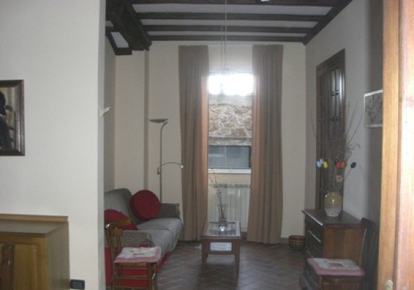Ordine Appartamento in Affitto a Sutri - 55 m²