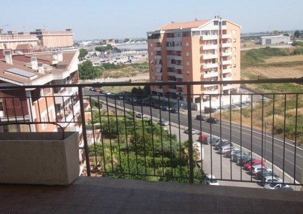 Ordine Appartamento in Affitto a Pomezia - 2 locali