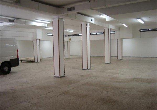 Ordine Magazzino in Affitto a Roma - 400 m²