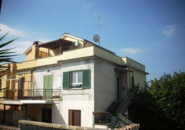 Ordine Appartamento in Affitto a Rignano Flaminio - 2 locali