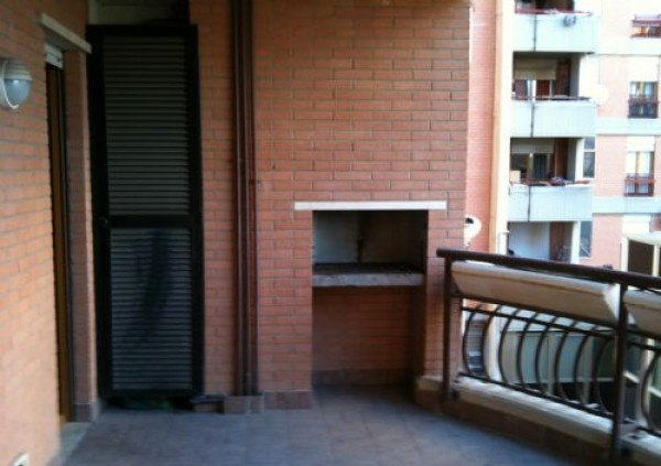 Ordine Appartamento in Affitto a Pomezia - 3 locali