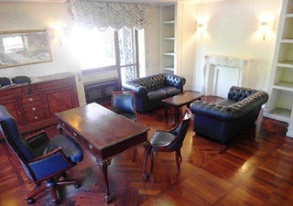 Ordine Ufficio in Affitto a Roma - 160 m²