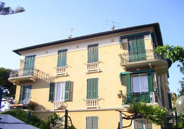 Ordine Appartamento in Affitto a Bordighera - 130 m²