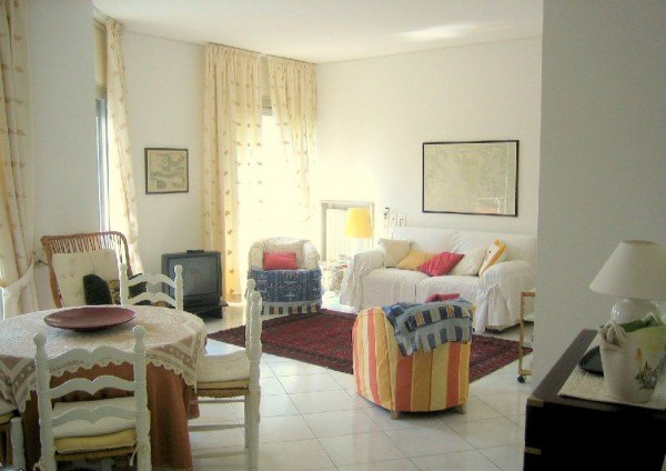 Ordine Rustico / Casale in Affitto a San Remo - 120 m²