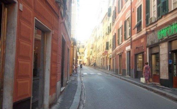 Ordine Negozio in Affitto a Genova - 50 m²