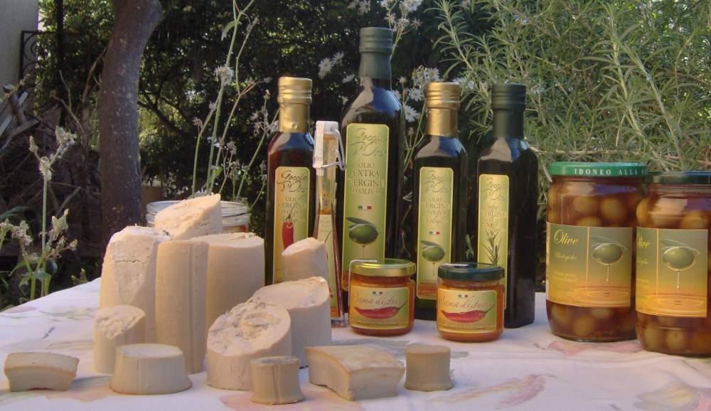 Ordine Produzione e fornitura all'ingrosso ed al dettaglio di Olio Biologico d'Oliva e prodotti annessi