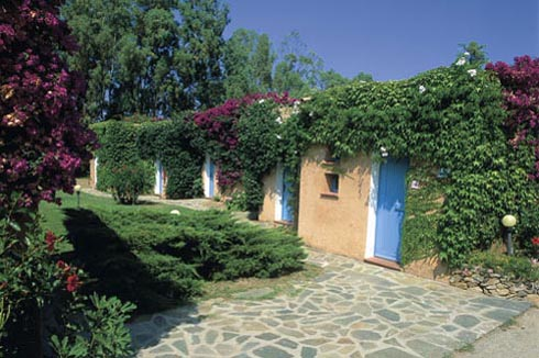 Ordine Sardegna:Agrustos Village