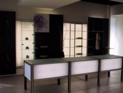 Arredamento Abbigliamento con vetrine luminose