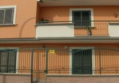 Ufficio in Affitto a Casapulla - 70 m²