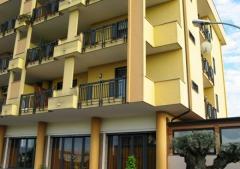 Appartamento in Affitto a Trentola Ducenta - 5 locali