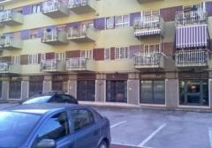 Negozio in Affitto a Caserta - 550 m²