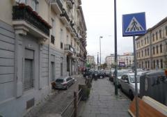 Negozio in Affitto a Napoli - 90 m²