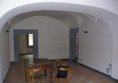 Appartamento in Affitto a Napoli -  5 locali