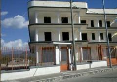 Negozio in Affitto a Palma Campania