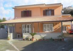 Ufficio in Affitto a Monte Di Procida - 130 m²