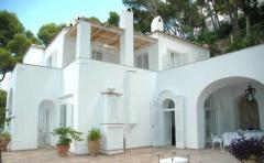 Villa / Villetta in Affitto a Capri - 250 m²