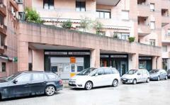 Negozio in Affitto a Pesaro - 400 m²