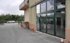 Magazzino in Affitto a Morrovalle - 150 m²