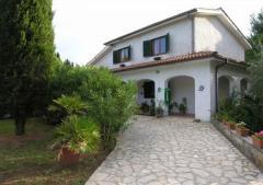 Villa in Affitto a Campagnano Di Roma