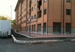 Negozio in Affitto a Roma - 150 m²