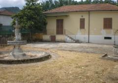 Villa in Affitto a Patrica - 100 m²