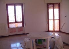 Appartamento in Affitto a Latina -  4 locali