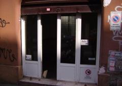 Negozio in Affitto a Roma - 30 m²