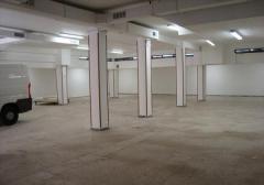 Magazzino in Affitto a Roma - 400 m²