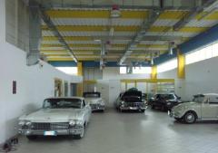 Capannone in Affitto a Roma - 600 m²