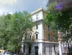 Negozio in Affitto a Roma - 380 m²