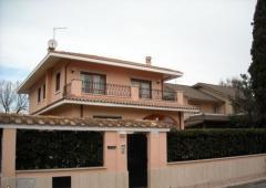 Villa in Affitto a Fiumicino - 280 m²