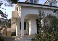 Casa indipendente in Affitto a Spotorno - 90 m²
