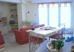 Appartamento in Affitto a Finale Ligure - 2 locali