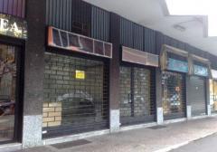 Negozio in Affitto a Bresso - 50 m²