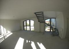 Ufficio in Affitto a Milano - 150 m²