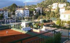 Appartamento in Affitto a Bordighera - 80 m²