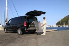Servizio taxi per  disabili e  normodotati da uno fino a otto pax
